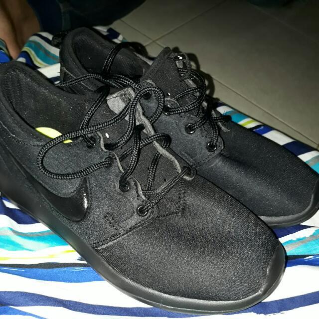 Nike Roshe Run Size 41 Premium