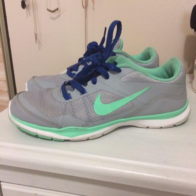 Nike Training Flex TR 5 Size: 7.5