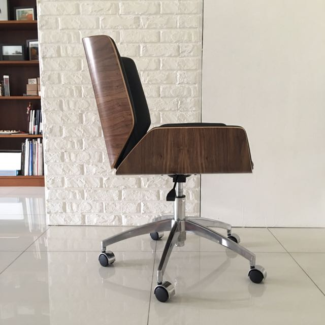 Osaka Designer Office Desk Chair By Yoshiro Murakami