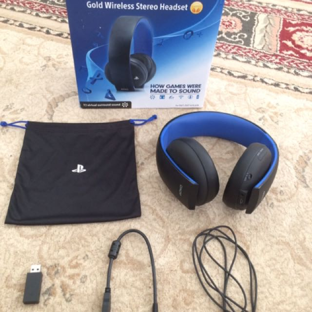 playstation gold wireless headset, Video Gaming, Gaming Accessories on Carousell