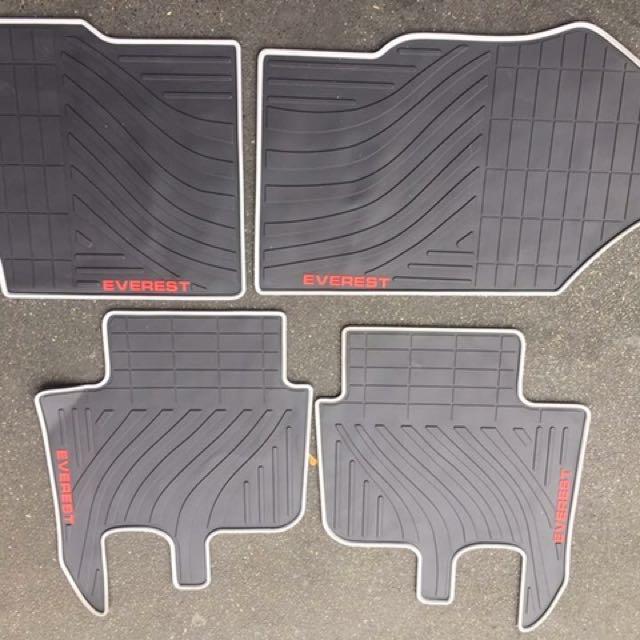 Premium Floor Matting Ford Everest