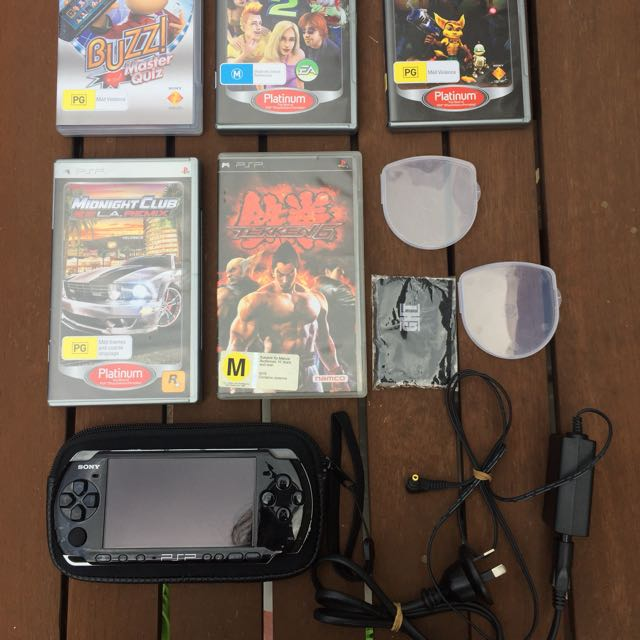 PSP 3000 Console (+ Games)