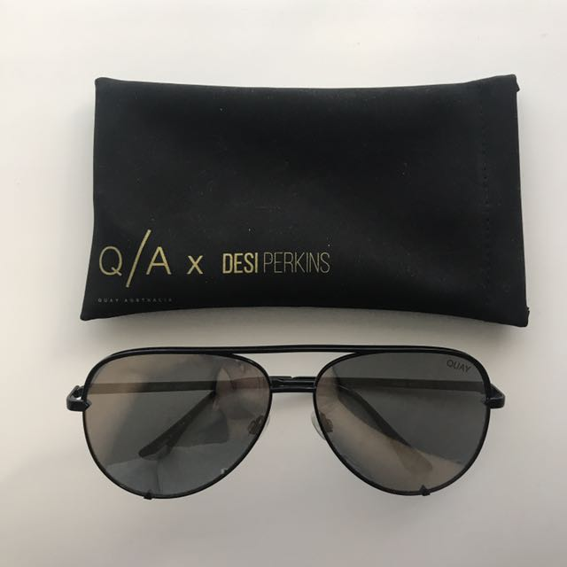 QUAY High Key Black/Silver Sunglasses