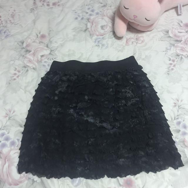 Ruffled Mini-skirt
