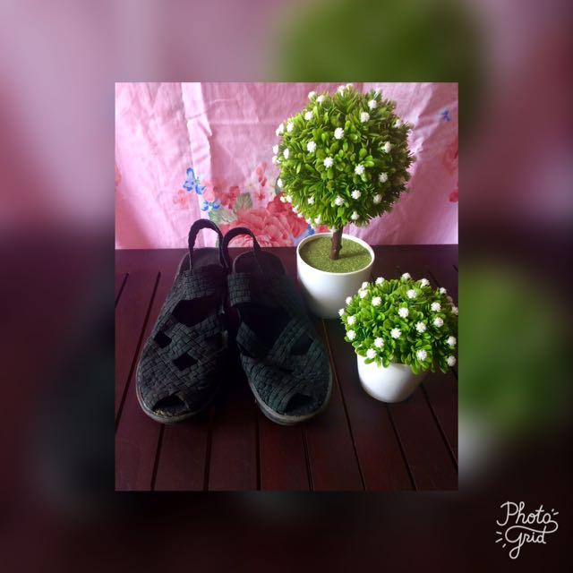 Sepatu sandal karet hitam Uk 38