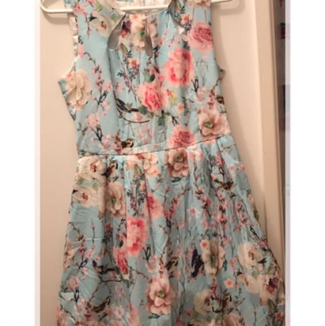 Size 8 Summer Floral Dress
