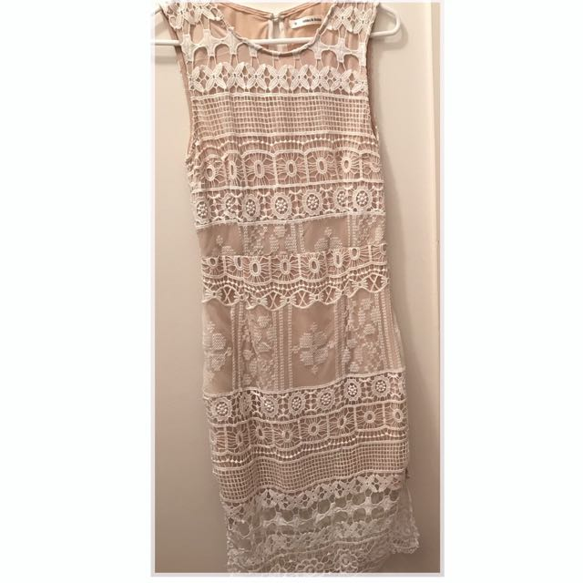 Size 8 White Lace And Tan Underlay Dress.