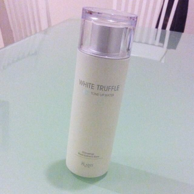 The Plant Base Tone Up Water