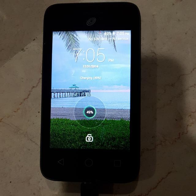 Tracfone Alcatel Onetouch PIXI Glitz A463BG, Mobile Phones
