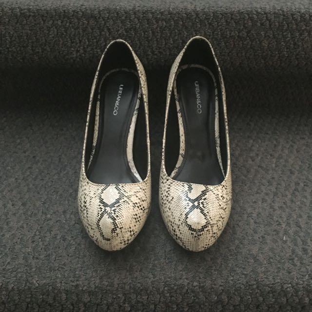 Urban & Co Heels