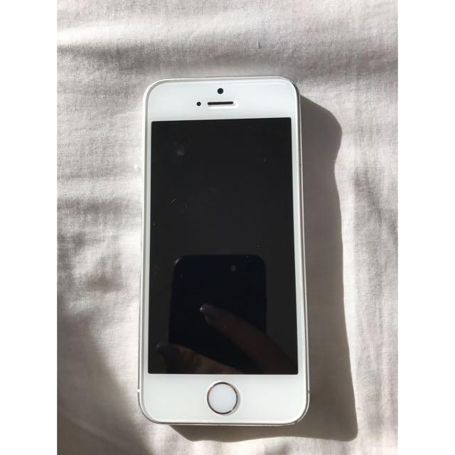 White iPhone 5s 16GB