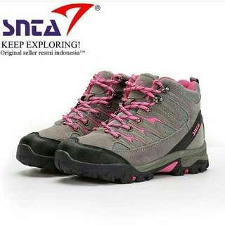 Snta 605 Women Series