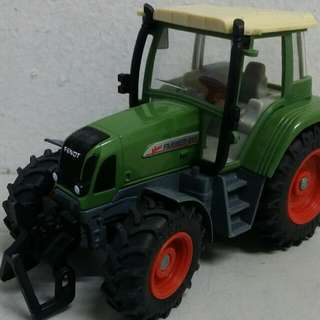 Diecast Tractor SIKU Brand