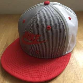 Nike 潮帽