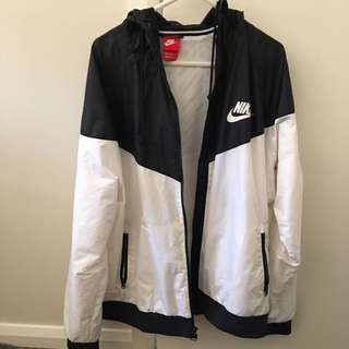 NIKE black And White Spray Jacket (SIZE L) Mens