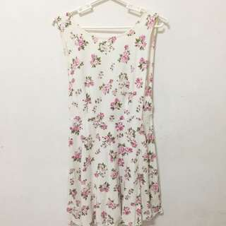 Forever 21 Floral Dress Semi Backless (Size M)