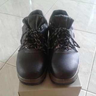 Sepatu BATA Acapulco (Ori)