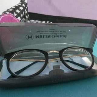 Kacamata Min 5