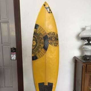 JS Nitro Surfboard