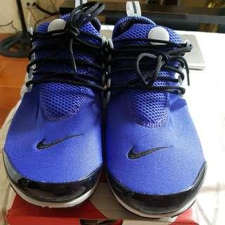 Original Nike Presto Size S or US 9 to 10