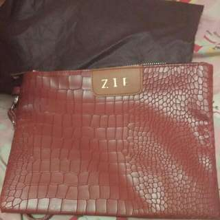 Clutch Kulit Inisial / Pouch Makeup