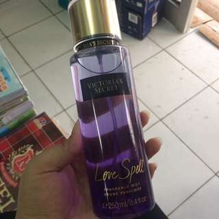 Victoria Secret Body Mist Love Spell