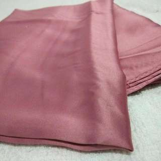 Jilbab Silk Pink
