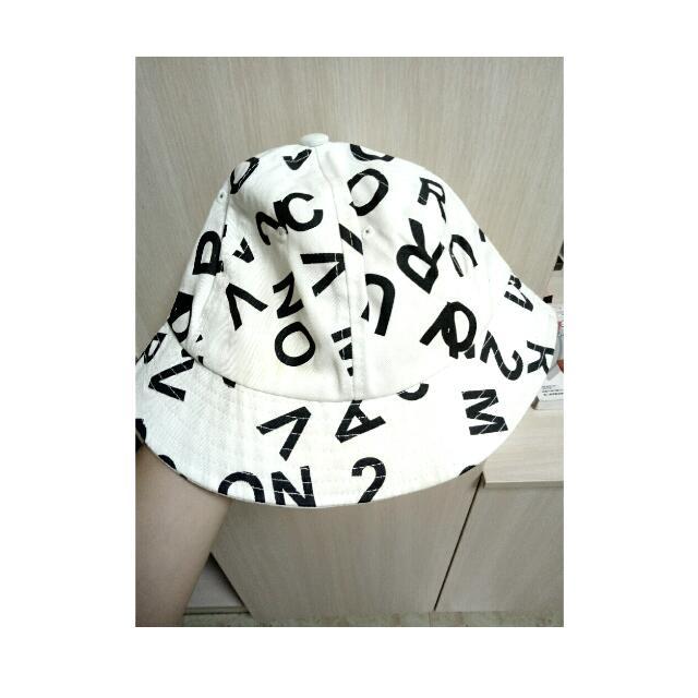 字母帽(白)