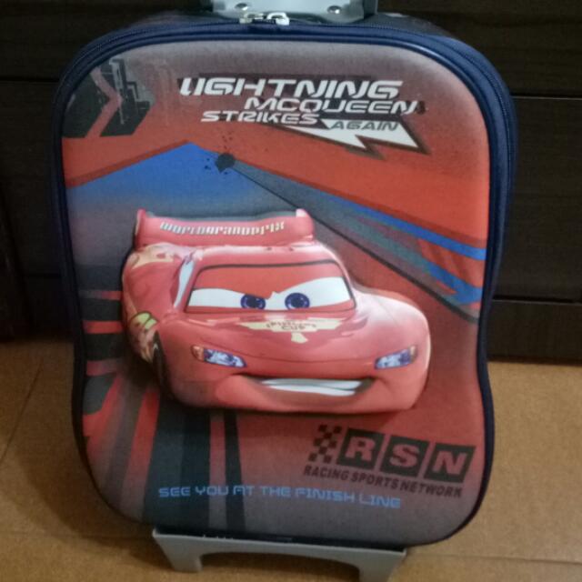 可愛帥氣閃電麥坤行李箱,二手很少使用,近全新,可面交。