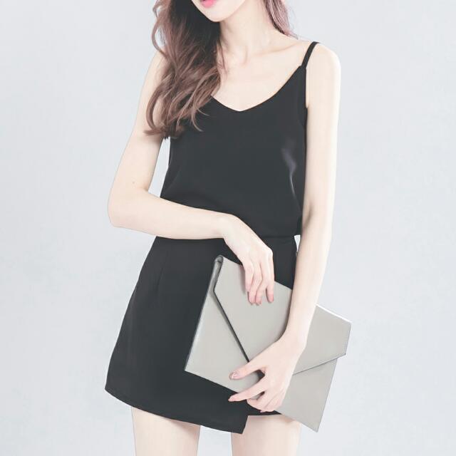 兩件式-質感細肩背心 / 俐落斜邊褲裙