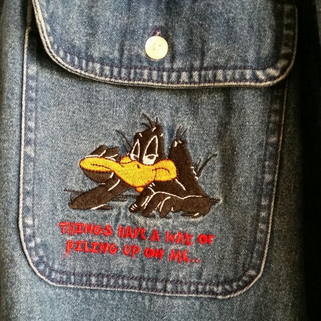 🐰 Unisex Oversized Vintage Looney Tunes Denim Jacket 🐰