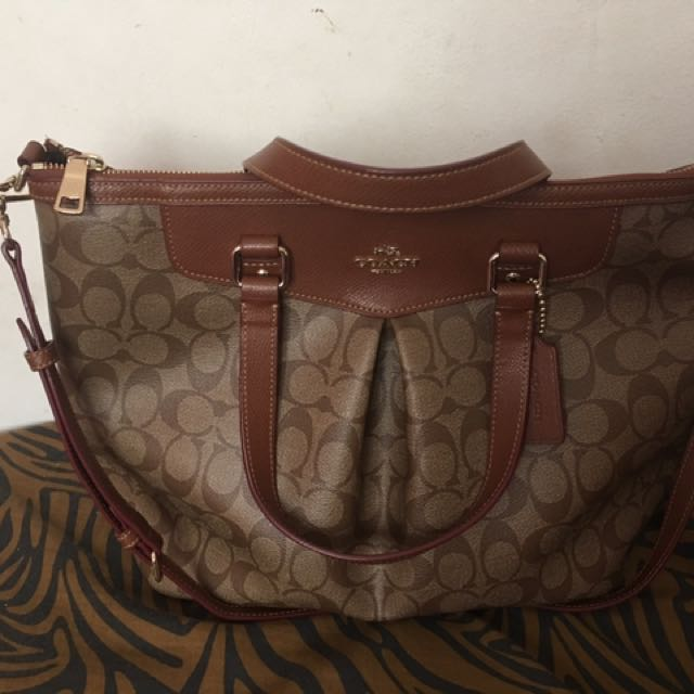 Authentic Coach Shoulder Bag With Sling