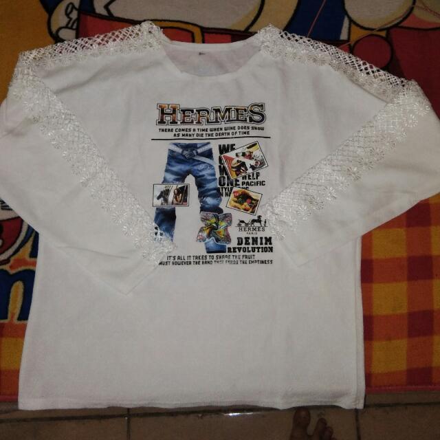 Baju Putih Bunga
