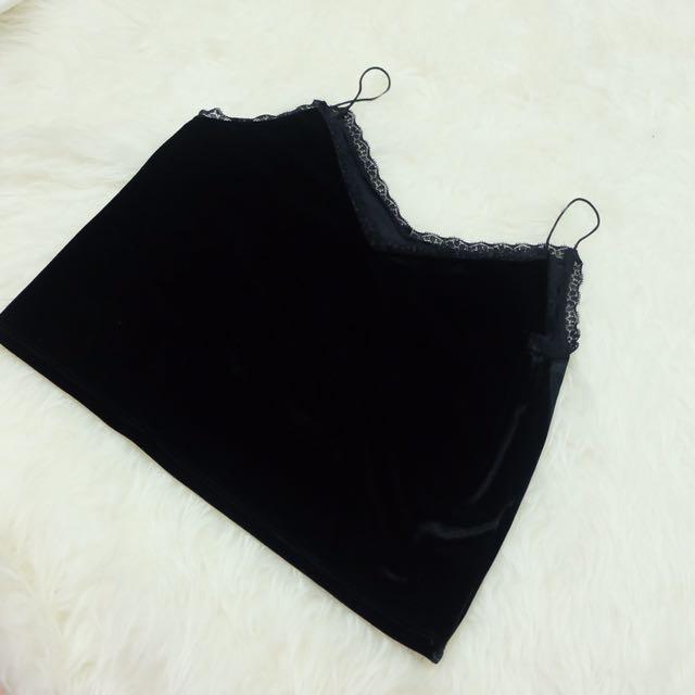 H&M - BLACK VELVET TOP