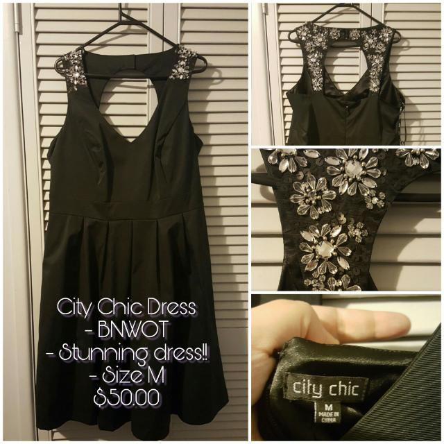 City Chic Ornate Shoulder Dress - M