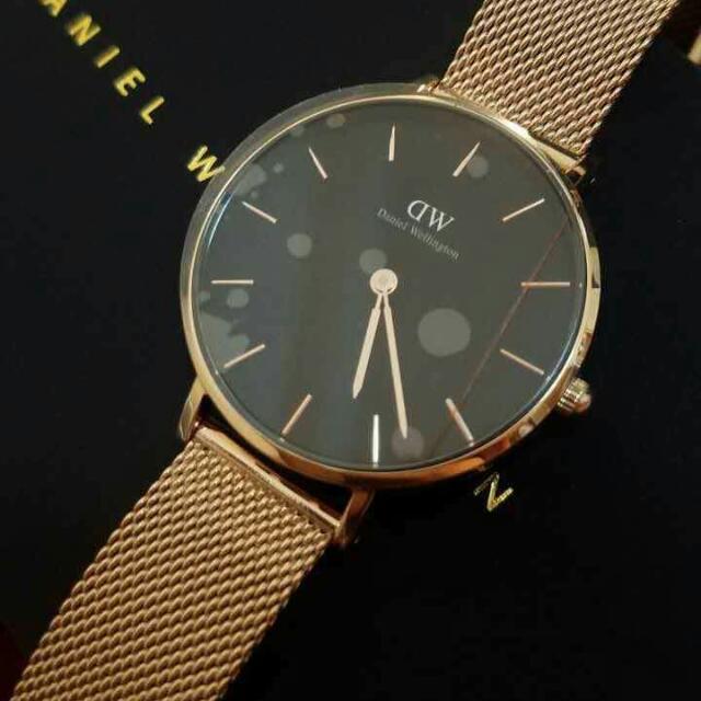 DW Unisex Authentic Watch