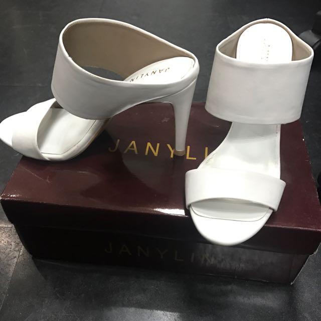 Janylin White Heels