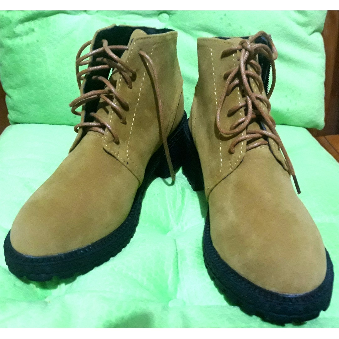 Lace Up Ankle Boots (size 35)