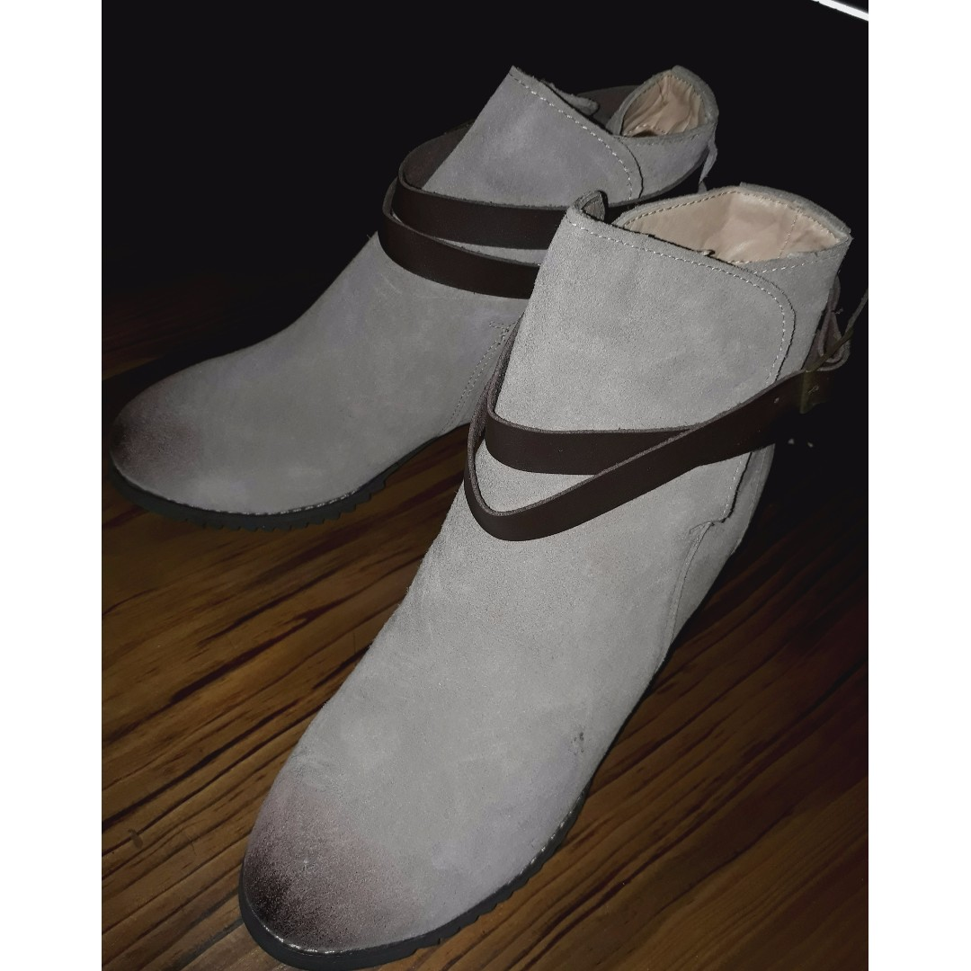 Mid Block Heel Ankle Boots (size 38)