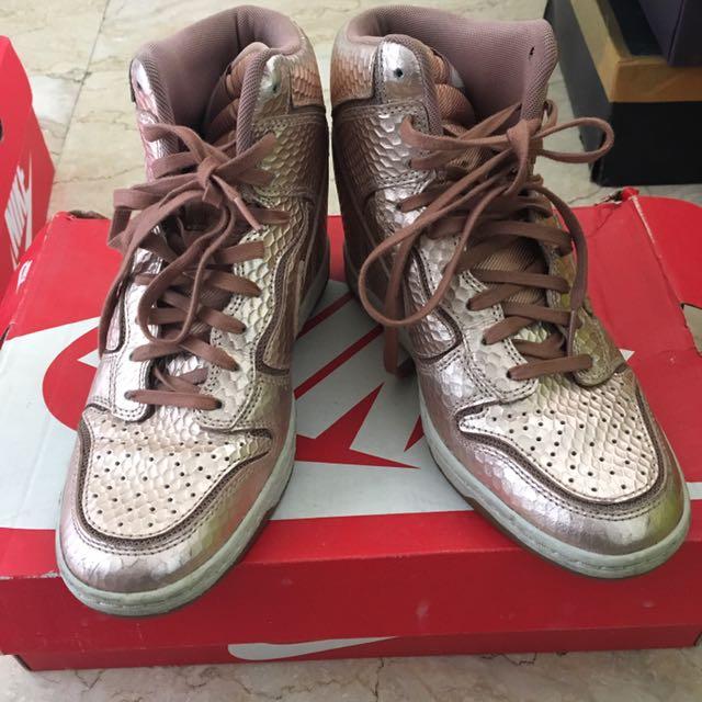 NIKE Sepatu Jordan