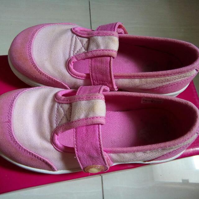 Original Crocs Pink Shoes