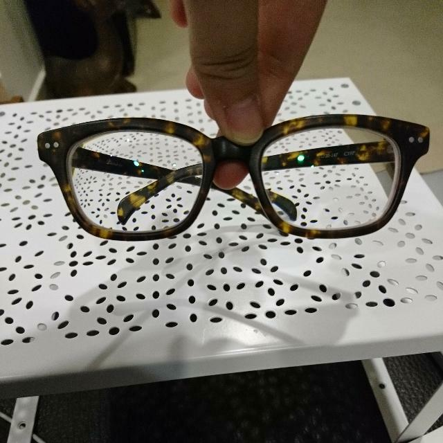 7fe15c4662 Pair Of Trendy Classy Tortoiseshell Spectacles Glasses Frames With 5.5  Degrees Myopic Lens