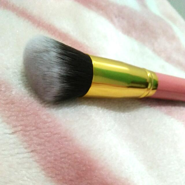 Pink And Gold #8 Make Up Brush