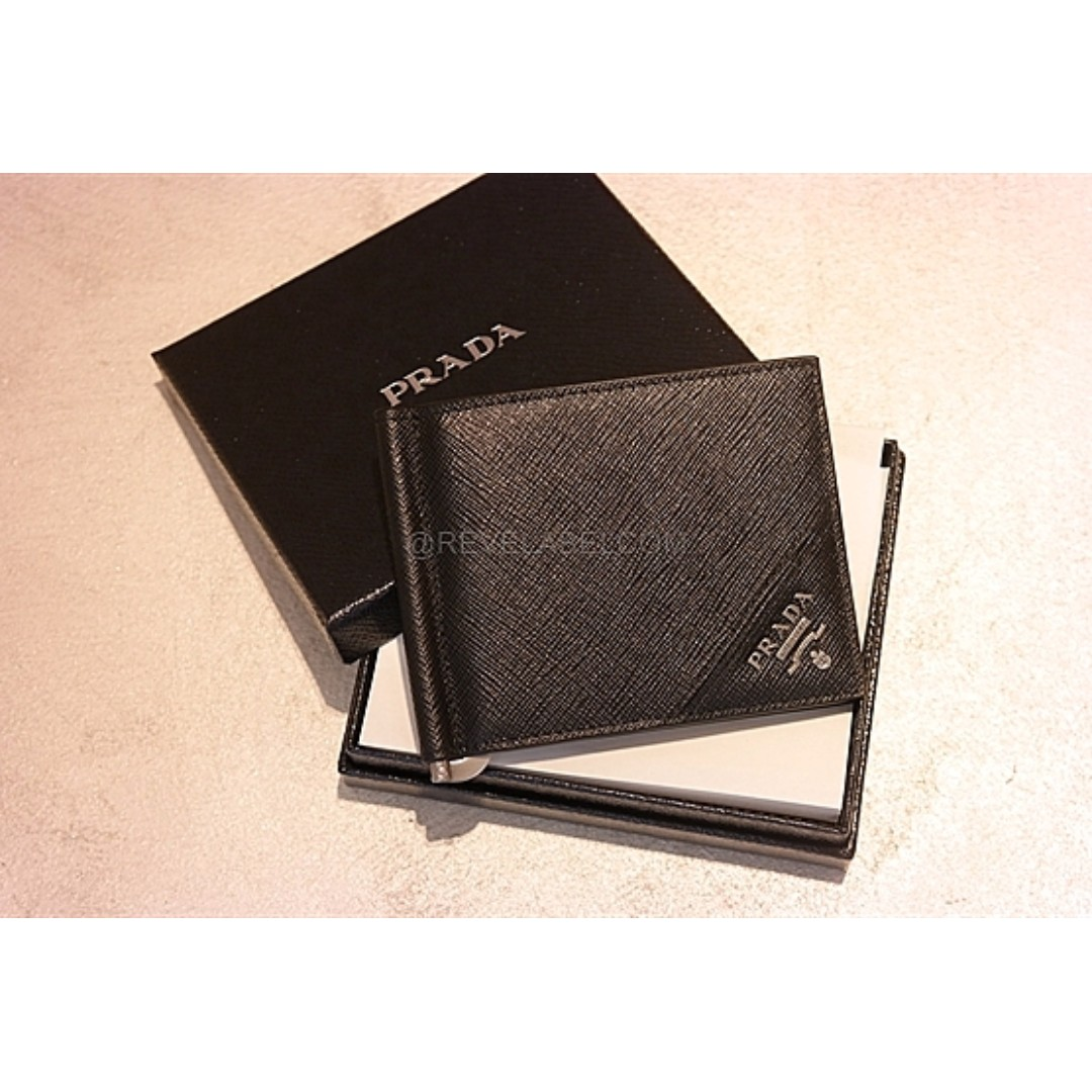800e7ab50663f4 Prada Saffiano Metal Money Clip Wallet Black 2MN077 QME F0002, Luxury, Bags  & Wallets on Carousell