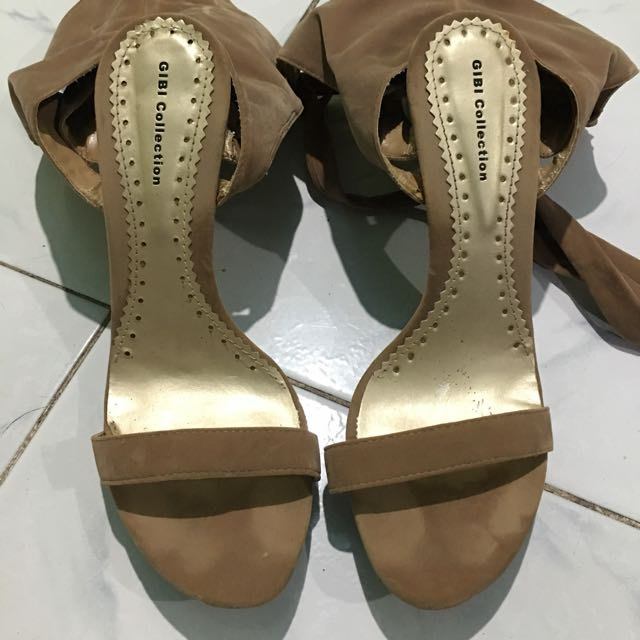 Preloved Gibi Kyla Sandals