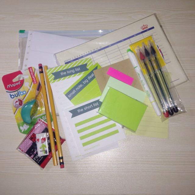 Review Stuffs Leftover/Essential Student Items