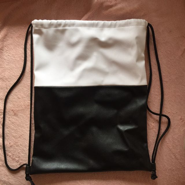 STRING BAG (From maybelline)