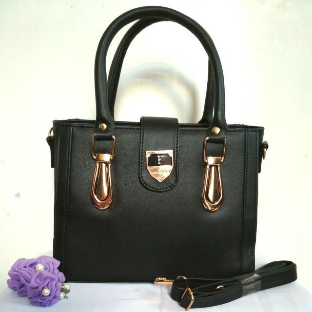 Tas Wanita Hand Bag Furla Adelle Warna Hitam