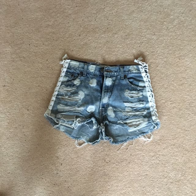 Cut Out Denim Shorts From Melrose Shop Size 26