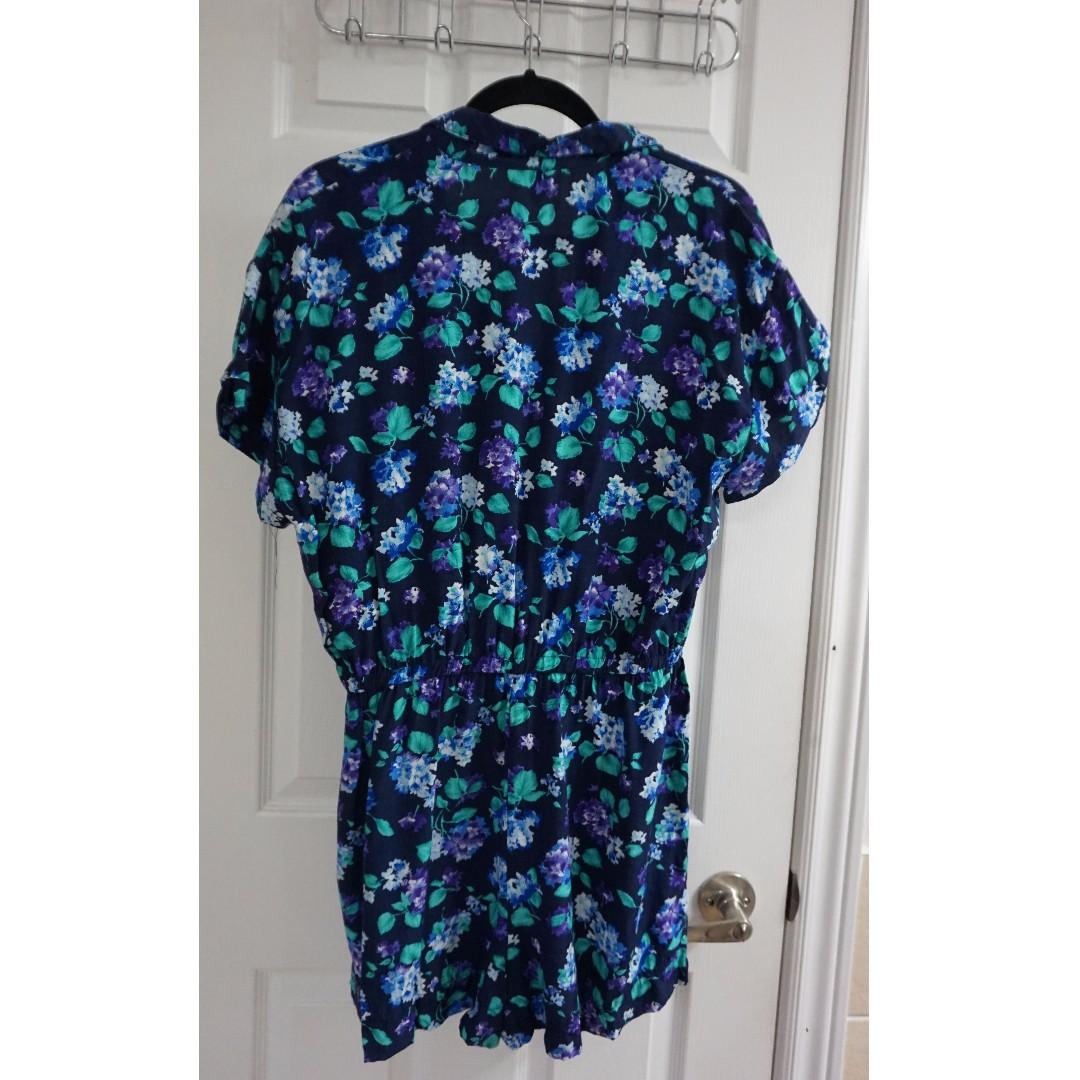 Vintage Floral Jumpsuit (Size Medium)